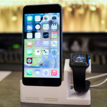 i phone watch dock 1